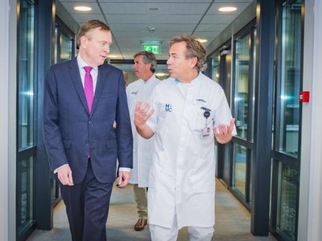 minister bezoekt Anser